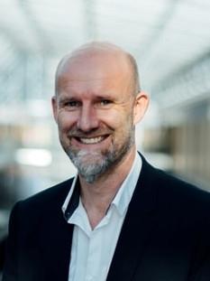 Prof. Dr. Johann Füller